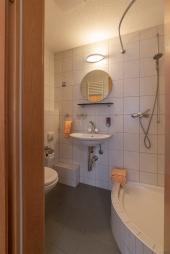 Alle Zimmer mit Dusche & WC